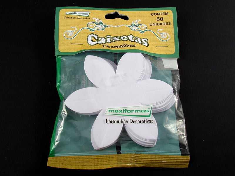 Forminha Caixeta Exótica Branca c/50 Maxiformas